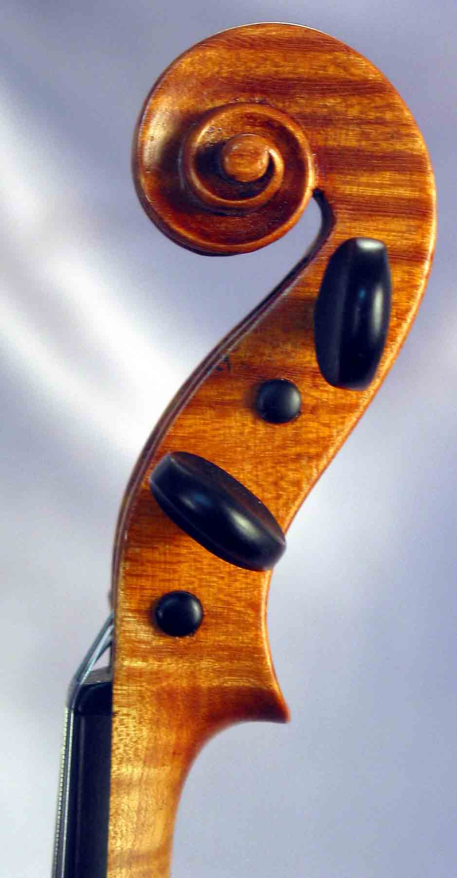 Скрипка дорого Otto J. Klier